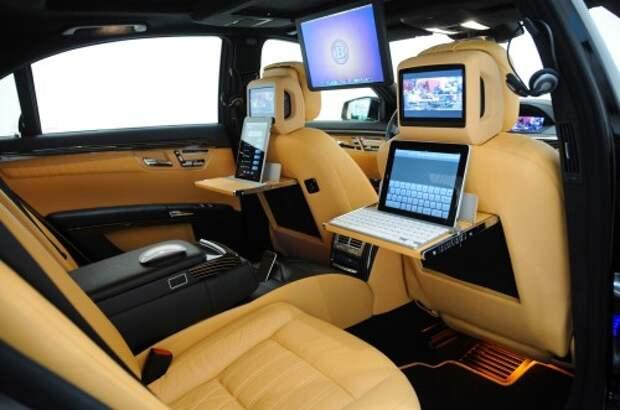 Радио AM/FM остается самой популярной опцией в современных авто
