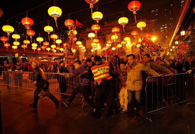 Мир отмечает китайский Новый год