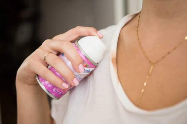 Способ очистить пятно от тонального крема
