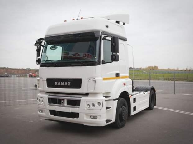 КАМАЗ предложил провести тест-драйв своих грузовиков всем желающим