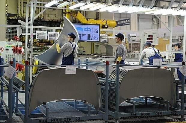 Работа завода по производству автомобилей Hyundai в Санкт-Петербурге