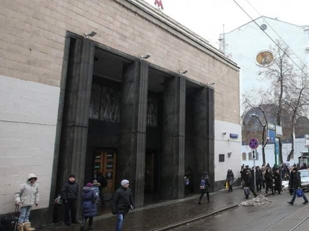 С воскресенья меняется движение в районе станции метро «Бауманская»