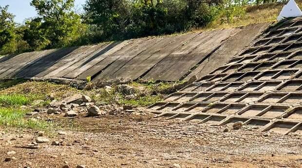 Власти Крыма передали в СК России материалы по водной блокаде