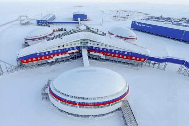 Коронавирус в Антарктиде, самый северный капитальный объект и электромобили в России