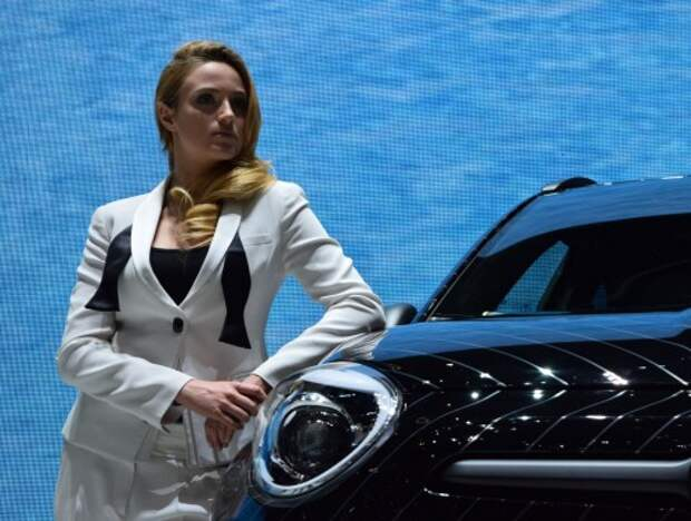 Минпромторг улучшил прогноз по продажам новых автомобилей