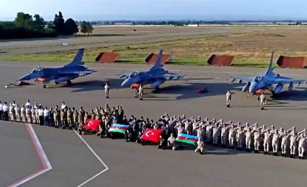 Турция начала строительство в Азербайджане своей военной базы
