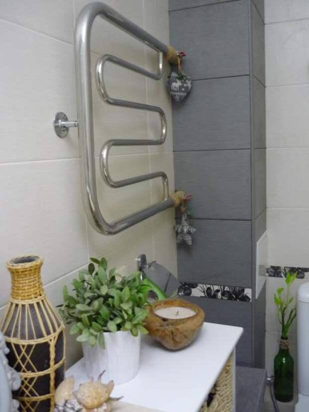Аксессуары для ванной, полотенцесушитель