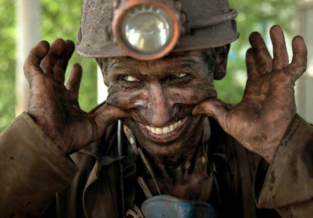 Работа шахтеров на Донбассе