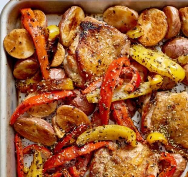 Противень с курицей и овощами Souvlaki