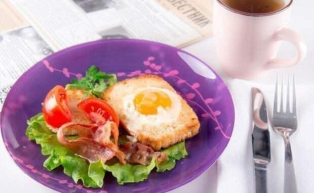 Подай яичницу на стол так, как никто не делал этого! 9 идей оформления блюда