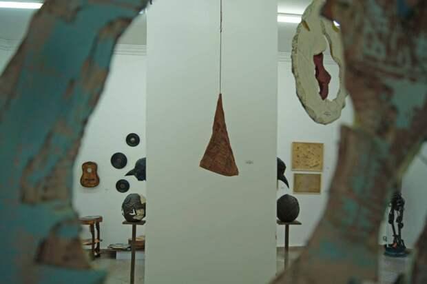 """Выставка  """"Art recycling. Вторая жизнь в искусстве""""(трафик)"""