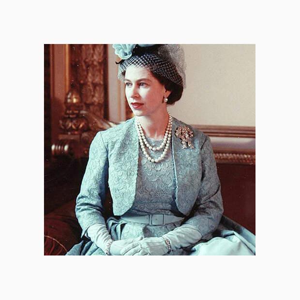 015 small Любимые броши британской королевы Елизаветы II