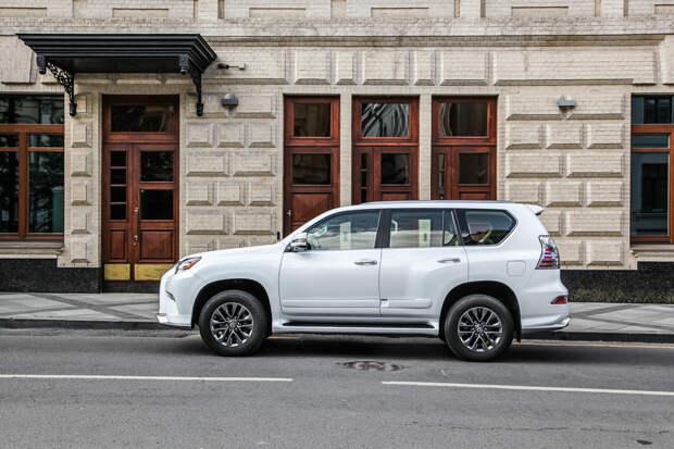 Находим бездорожье в городе на Lexus GX460