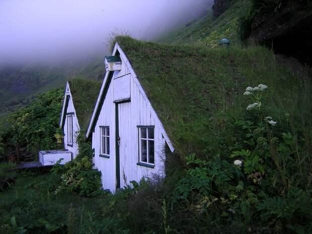 lonelyhouses23