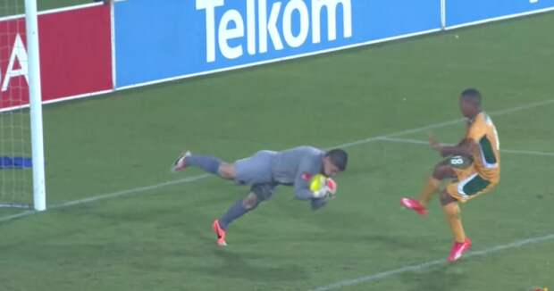 Вратарь-самоубийца на чемпионате ЮАР