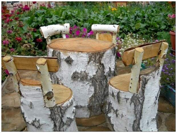 Мебель из берёзовых пеньков. \ Фото: masterdom35.ru.