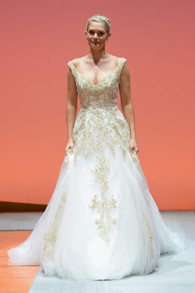 Коллекция сказочных свадебных платьев от Alfred Angelo