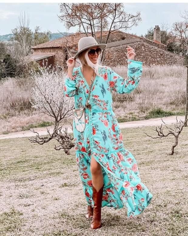 Платье с цветочным принтом – хит сезона: модели и фасоны