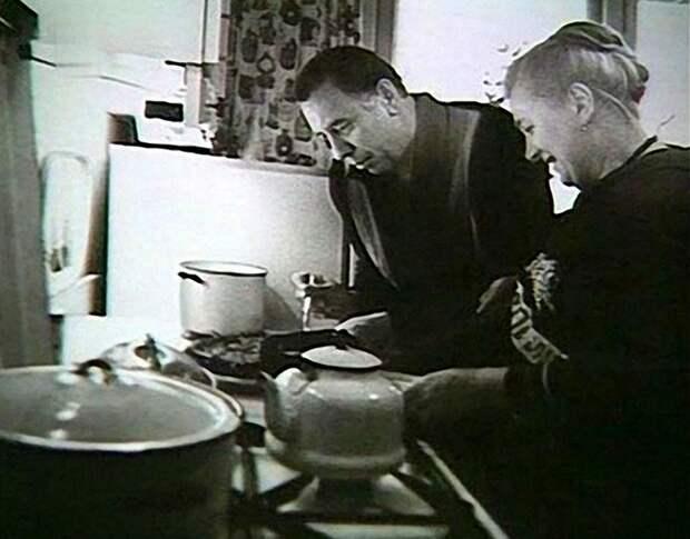 Папанов с супругой