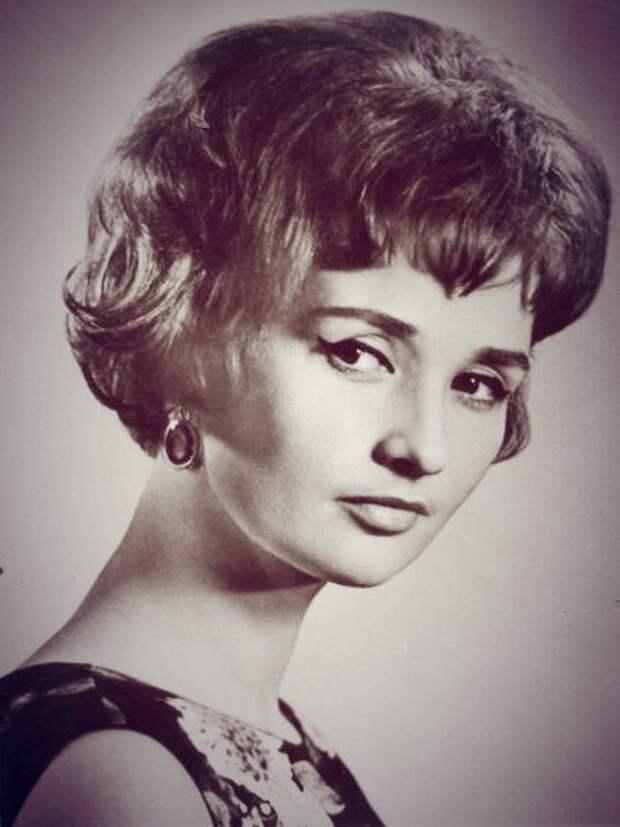 Советские актрисы: Зинаида Кириенко