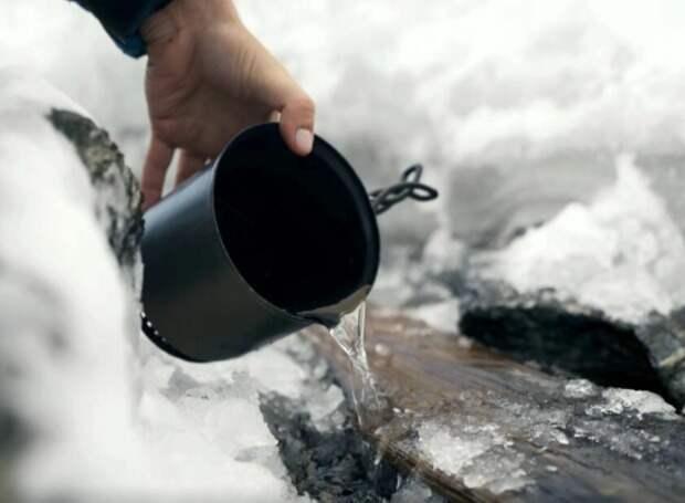 Археологи достали из растаявшего ледника вторую лыжу эпохи викингов