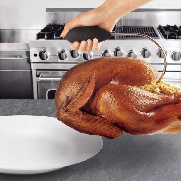 21. Такая ручка поможет с легкостью переложить целую птицу из духовки на блюдо готовка, кухня, советы