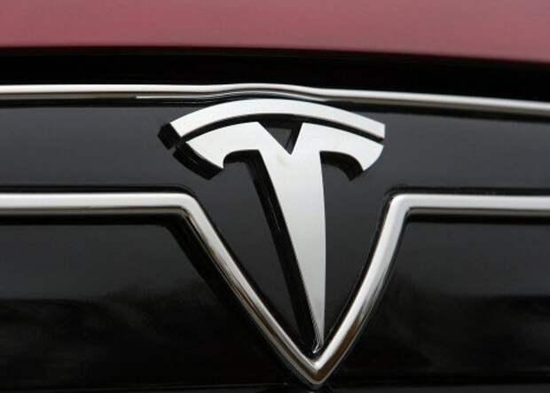 Tesla-Model_S_2013_1280x960_wallpaper_29
