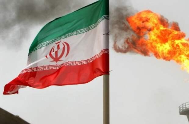 Иран возобновил поставки нефтепродуктов в Афганистан