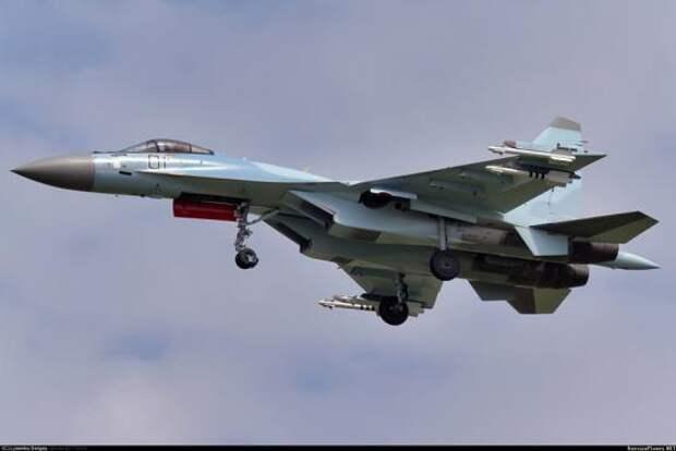 Минобороны Индонезии приняло решение о закупке российских истребителей Су-35