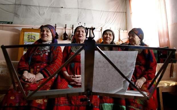 «Бабушки из Бураново» прочитают удмуртские сказки онлайн