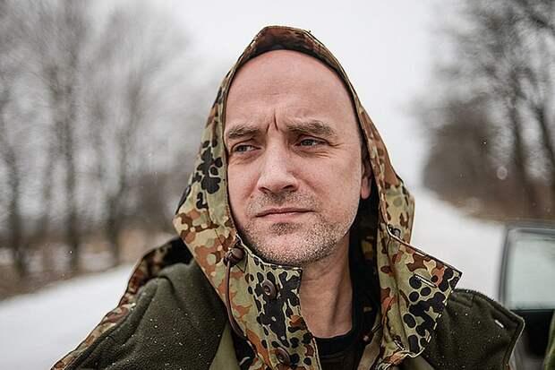 Прилепин объяснил, почему бросил воевать в Донбассе