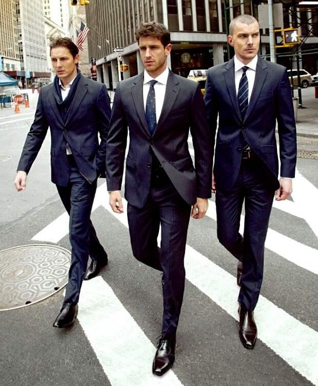 Для мужчин, для мужчин, для мужчин. Главное — чтобы костюмчик сидел!