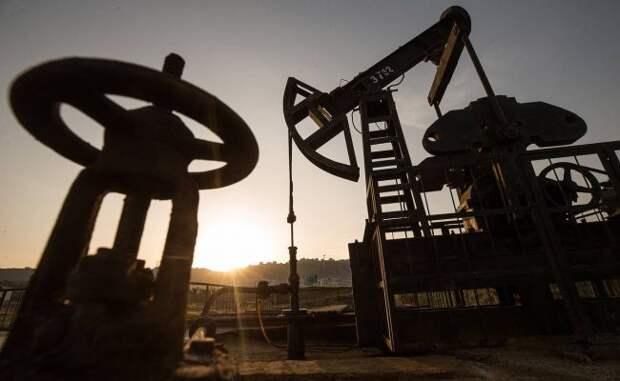 Эксперт предупредил, кчему могут привести ценовые войны нанефтяном рынке