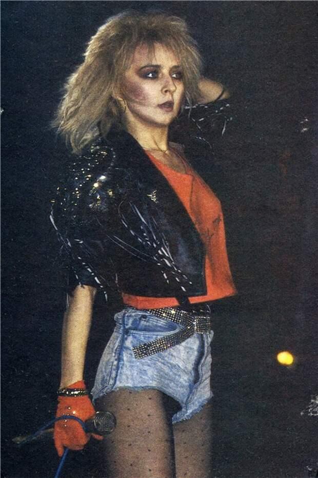 Одежда звезд 90-х