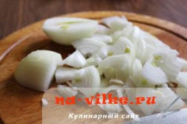 Тушёная картошка с говяжьими рёбрышками в мультиварке