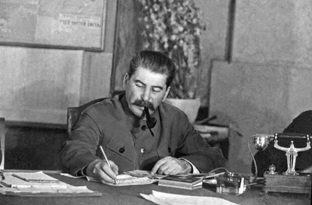 Беседа Сталина с А.М. Коллонтай (ноябрь 1939 года)