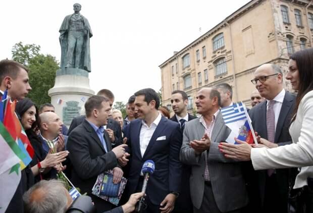 """Ципрас: Европа больше не """"пуп земли"""", центр экономического развития сместился"""