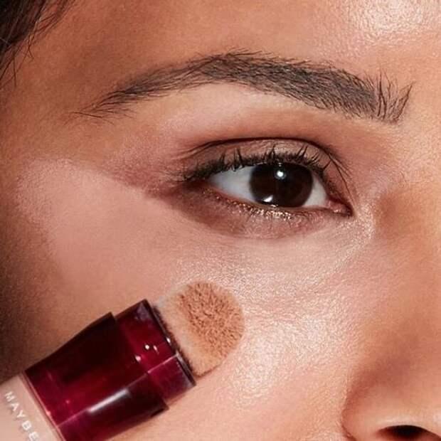 5 лайфхаков для макияжа в жару