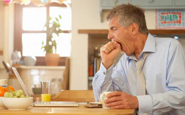 Бесконтрольное переедание: почему это происходит