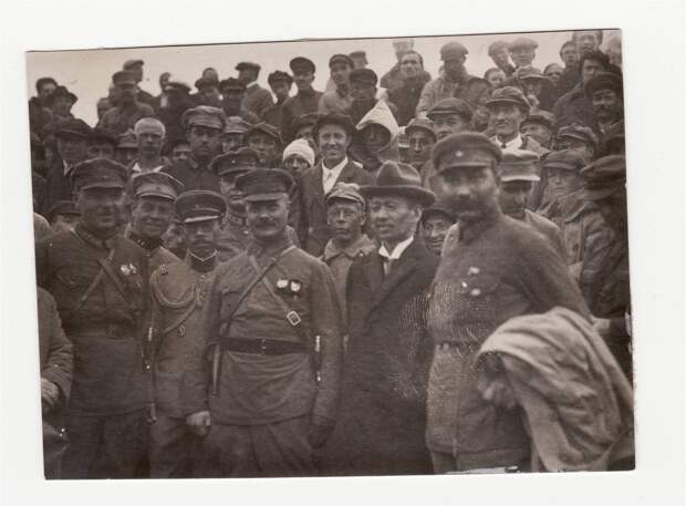 Фрунзе, Ворошилов и Буденный. 20-е. гг.