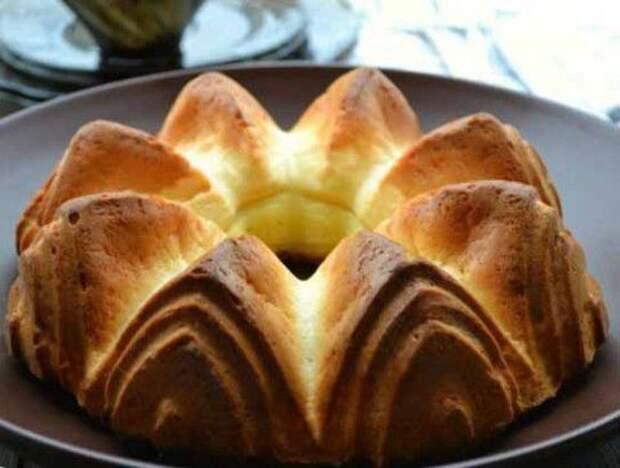 Пирог на основе плавленных сырков: просто и вкусно!