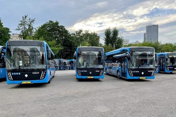 Первые электробусы КАМАЗ московской сборки вышли на маршрут