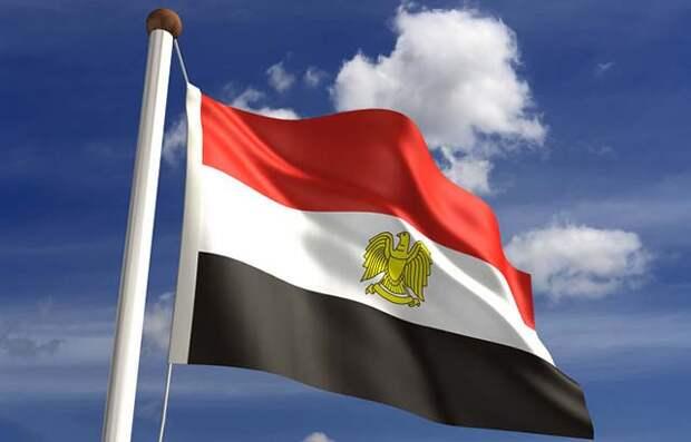 В Египте ввели режим ЧП на три месяца
