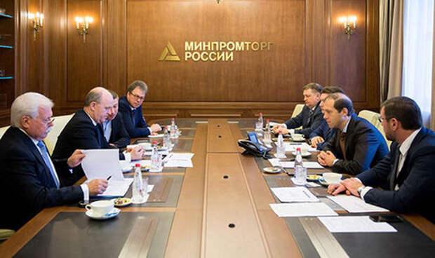 Мантуров напомнил главе АВТОВАЗа об отечественных комплектующих