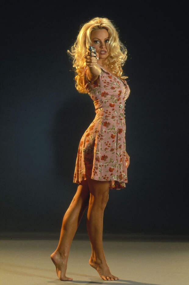 Памела Андерсон (Pamela Anderson) в фотосессии Рона Грепера (Ron Groeper) (1996), фото 8