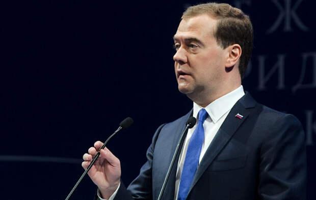 Социолог: Для Медведева 50 процентов поддержки россиян – потолок