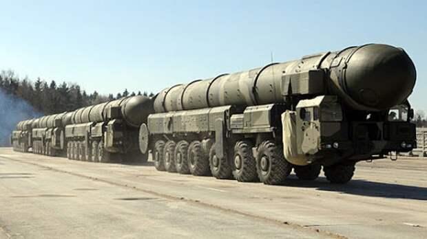 Указ: Россия может пойти на ядерный удар в случае посягательства на критически важные военные объекты