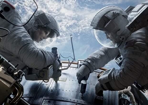 «Гравитация»: Других не берут в космонавты