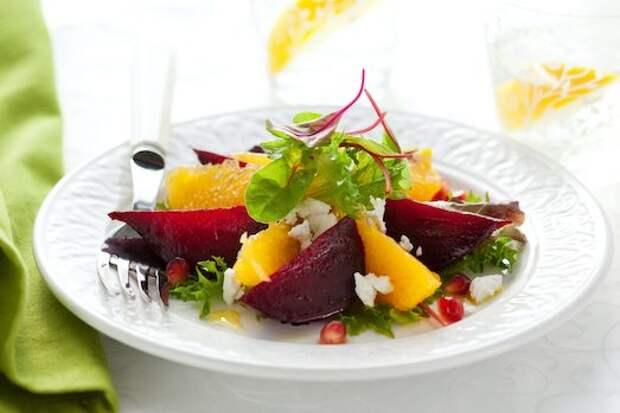 Вкусные и простые осенние салаты