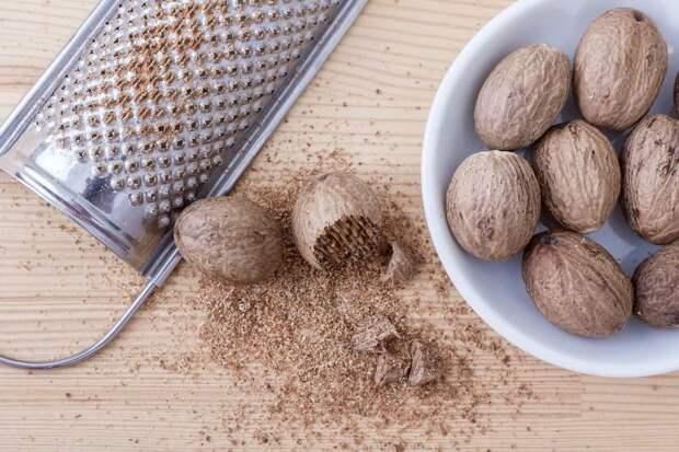 Мускатный орех — полезные и опасные свойства